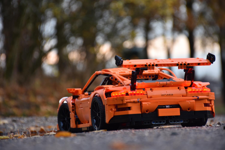 De Porsche 911 GT3 RS van LEGO