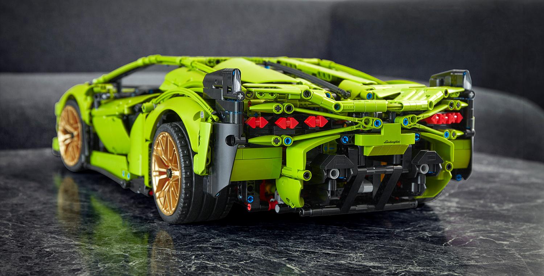 De Lamborghini Sián FKP van LEGO zit boordevol details. © LEGO