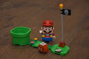 LEGO Super Mario review: level 1